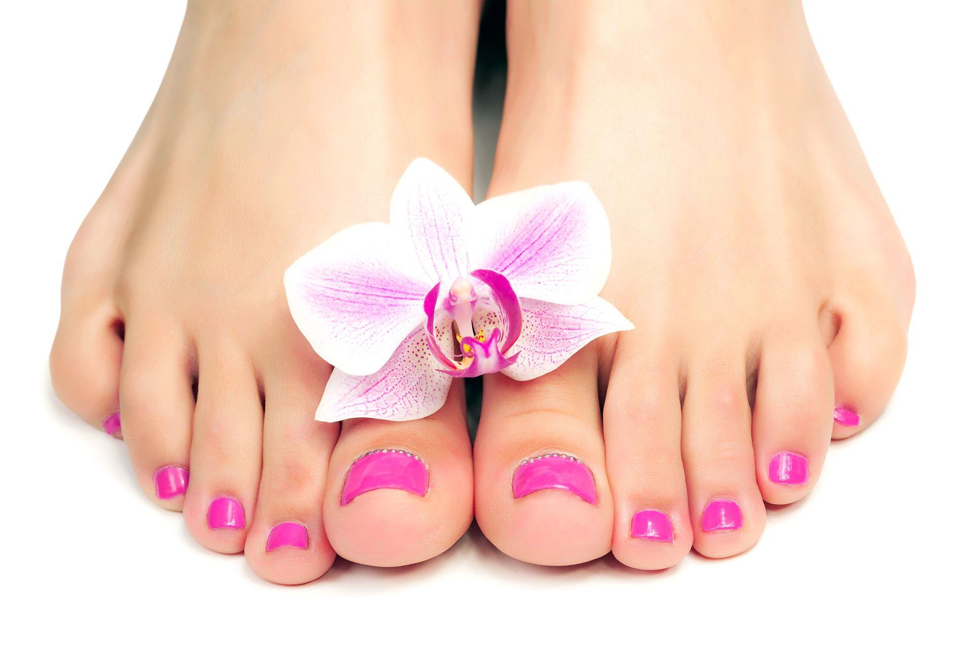 Pediküre ab 30€ » Wellness für die Füße