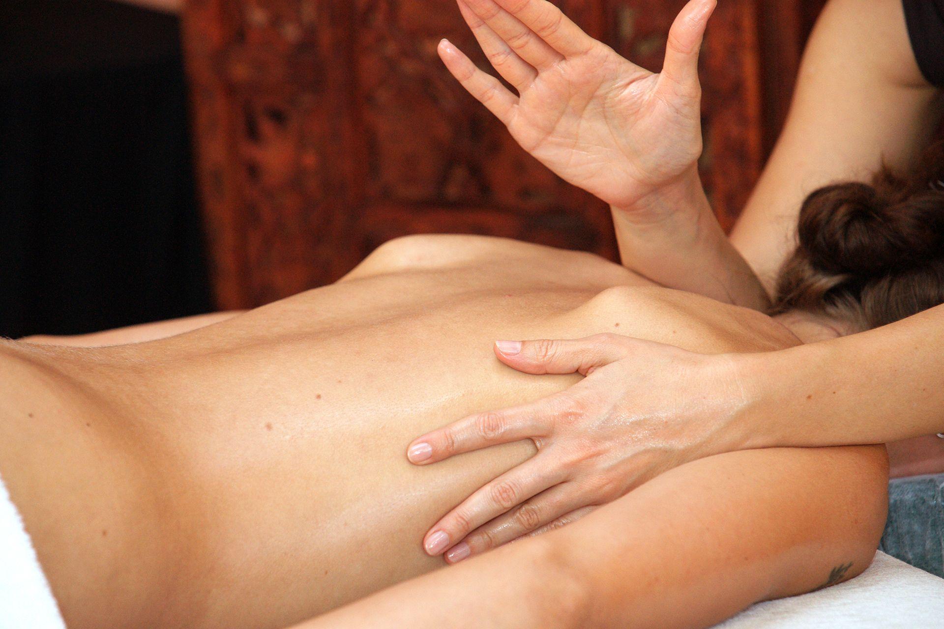 erotische massage lanaken lekker adver