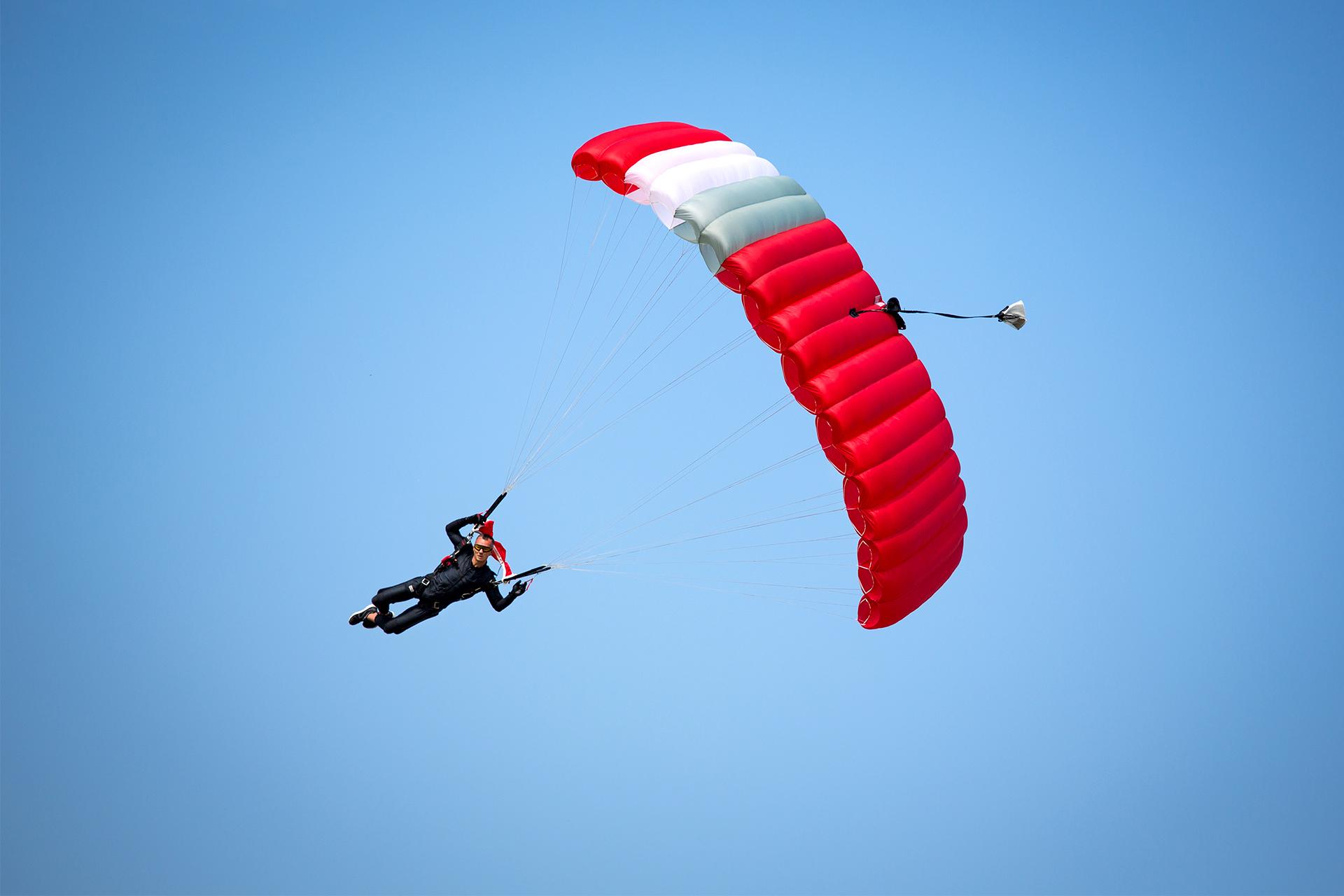 Aluminium Gartenmobel Gebraucht : Fallschirmsprung Solo in Freiburg ab 370€ verschenken